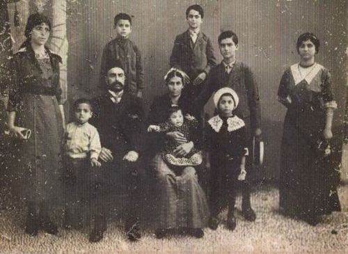 The Amateau (Amato) family in Rhodes, 1917